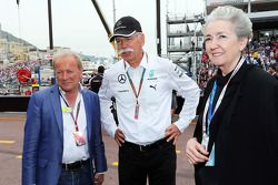 Werner Heinz, Driver Manager, with Dr. Dieter Zetsche, Daimler AG CEO