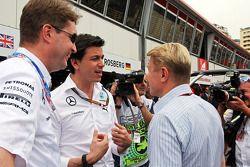 Toto Wolff, Mercedes AMG F1 sócio e diretor executivo com Mika Hakkinen
