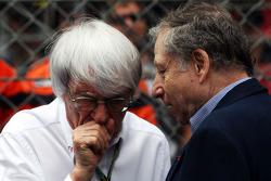 Startaufstellung: Bernie Ecclestone; Jean Todt, FIA-Präsident