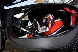 #98 ART Grand Prix 迈凯伦 MP4-12C: 格雷瓜尔·德穆斯捷, 亚历山大·普利马特, 阿尔瓦罗·帕伦特