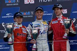 Podium: racewinnaar Marvin Kirchhofer, tweede plaats Martin Cao, derde plaats Matt Rao