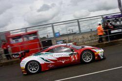#51 AF Corse Ferrari 458 Italia: Filipe Barreiros, Peter Mann, Francisco Guedes