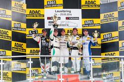 Gentlemens podium: winners Herbert Handlos, Alfred Renauer, second place Toni Seiler, Jeroen Bleekem