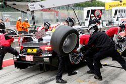 Arrêt au stand : Timo Scheider, Audi Sport Team Phoenix Audi RS 5 DTM