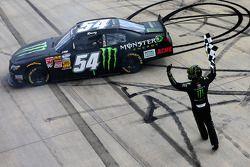 Il vincitore della gara: Kyle Busch