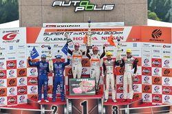 GT300 podium: winners Shinichi Takagi, Takashi Kobayashi, second place Takuto Iguchi, Kouta Sasaki,
