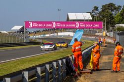 Trackside ambiance at Tertre Rouge: #52 RAM Racing Ferrari 458 Italia: Matt Griffin, Alvaro Parente,