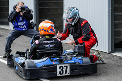 Media/drivers karting race: Alex Brundle and Motorsport.com's Eric Gilbert