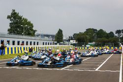 Medya/pilotlar karting yarışı: Yarış Startı