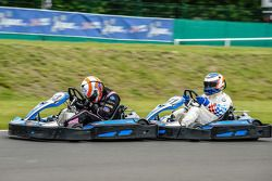Medya/pilotlar karting yarışı: Alex Brundle ve Yannick Dalmas