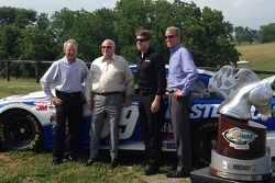 Steve Cauthen, O. Bruton Smith, Carl Edwards, Mark Simendinger at Dreamfields Farm in Kentucky