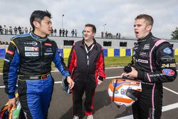 Ho-Pin Tung, avec Eric Gilbert (Motorsport.com) et Alex Brundle. Photo Clément Marin / DPPI
