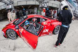 #70 Team Taisan Ferrari 458 Italia: James Rossiter, Pierre Ehret, Martin Rich, Shinji Nakano