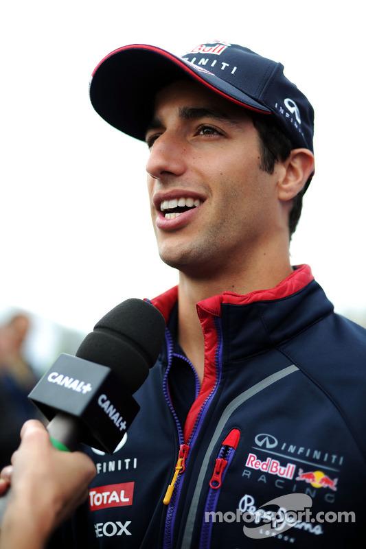Daniel Ricciardo avec les médias