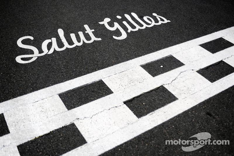 Salut Gilles - homenaje a Gilles Villeneuve en la salida