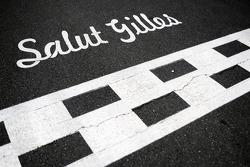 Salut Gilles - tribute on the start line to Gilles Villeneuve