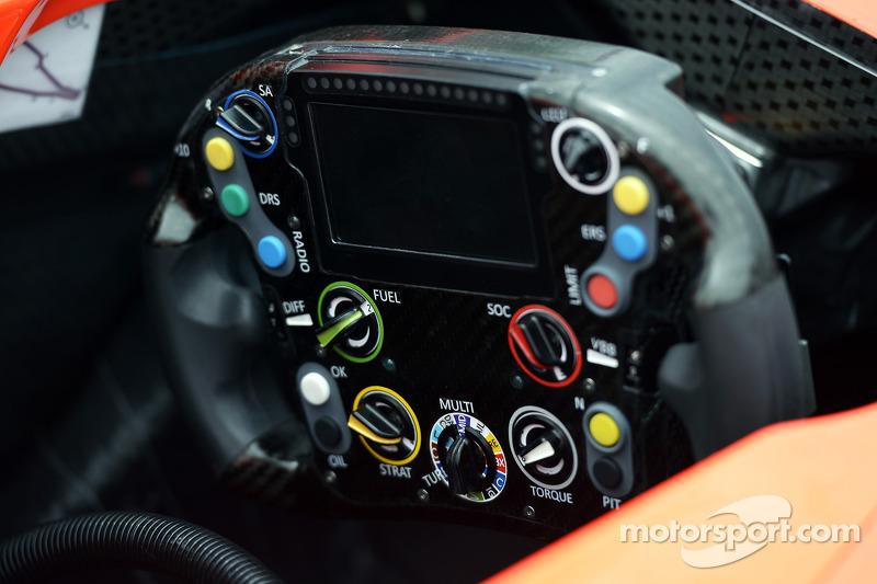 Volante MR03 del equipo Marussia F1.