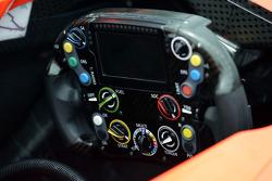 Marussia F1 Team MR03, Lenkrad
