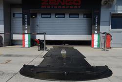 Pit di Zengo Motorsport