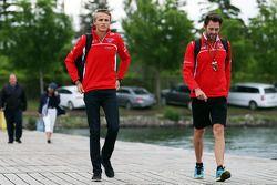 Max Chilton, Marussia F1 Team con Sam Village, Marussia F1 Team
