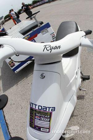 Scooter de Ryan Briscoe