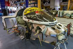 Courage Compétition : une Porsche 962 en restauration