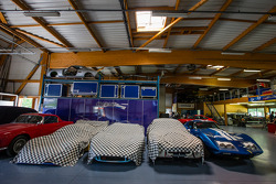 Visit de Courage Compétition: mais carros em restauração