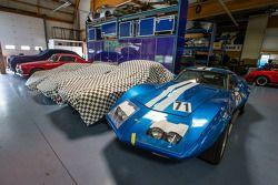 Courage Compétition : des voitures en restauration