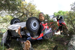 Crashed car of Juho Hanninen and Tomi Tuominen, Hyundai i20 WRC, Hyundai Motorsport