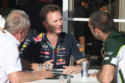 Dr Helmut Marko, Red Bull Motorsport Consultant, Christian Horner (GBR), Red Bull Racing, Sporting Director and Cyril Abiteboul (FRA), Team Principal, Caterham F1 Team  06