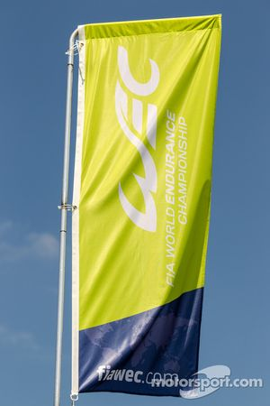 WEC World Endurance Championship bandera y logo