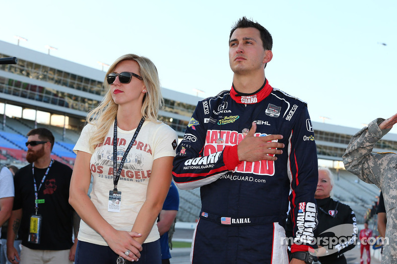 Graham Rahal con la fidanzata Courtney Forza