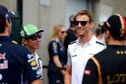 Daniel Ricciardo, Red Bull Racing; Kamui Kobayashi, Caterham; Jenson Button, McLaren; Pastor Maldona