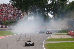 Crash: Felipe Massa, Williams FW36, und Sergio Perez, Sahara Force India F1 VJM07