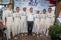 Brendon Hartley, Timo Bernhard, Mark Webber, Neel Jani, Romain Dumas y Marc Lieb