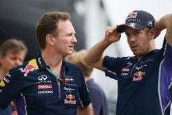 Christian Horner, Red Bull Racing, Teamchef; 3. Sebastian Vettel, Red Bull Racing