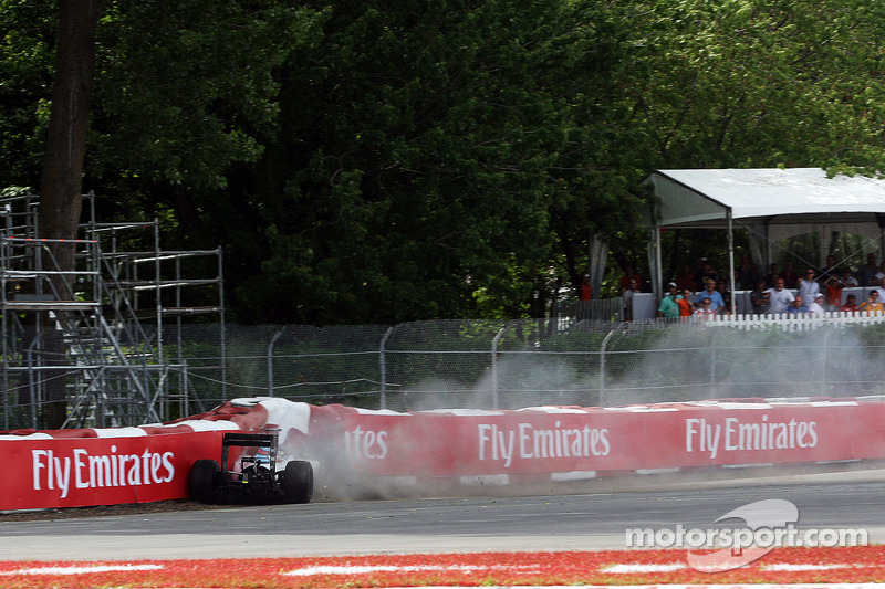 Felipe Massa, FW36 Williams accidentes en la última vuelta de la carrera