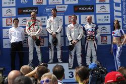Pódio: vencedor Jose Maria Lopez, segundo lugar Gabriele Tarquini, terceiro lugar Sébastien Loeb