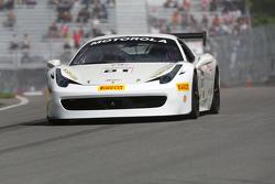 #81 Fort Lauderdale Ferrari: Peter Aronson