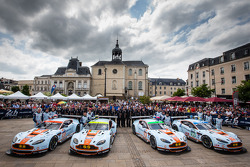 El #95 Aston Martin Vantage V8 del equipo Aston Martin Racing: Kristian Poulsen, David Heinemeier Ha