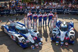 #7 Toyota Racing Toyota TS 040 - Hybrid: Alexander Wurz, Stéphane Sarrazin, Kazuki Nakajima ; #8 Toy