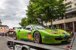 #57 Krohn Racing Ferrari 458 Italia : Arrivée aux vérifications techniques
