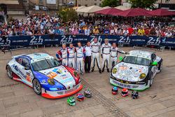 #67 IMSA Performance Matmut Porsche 911 GT3 RSR (997): Erik Marris, Jean-Marc Merlin, Eric Helary; #