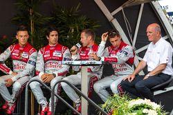 Lucas Di Grassi, Loic Duval, Tom Kristensen, Andre Lotterer, Dr. Wolfgang Ullrich