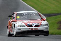 John Cleland, 1997 BTCC Vauxhall Vectra V97-001