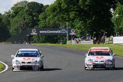 Derek Palmer and Graham Dodd go side by side both in Nissan Primeras