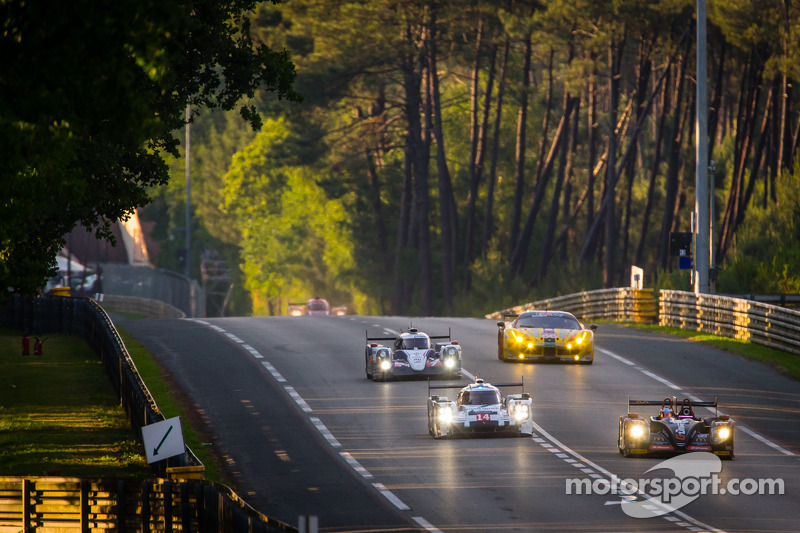 #26 G-Drive Racing 摩根 - 日产: 罗曼·鲁斯诺夫, 奥利弗·普拉, 朱利安·卡纳尔 和 #14 保时捷运动部 保时捷 919 Hybrid: 罗曼·仲马, 尼尔·贾尼, 马克·里布