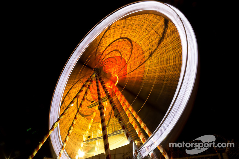 Ferris wheel at the Ford chicane