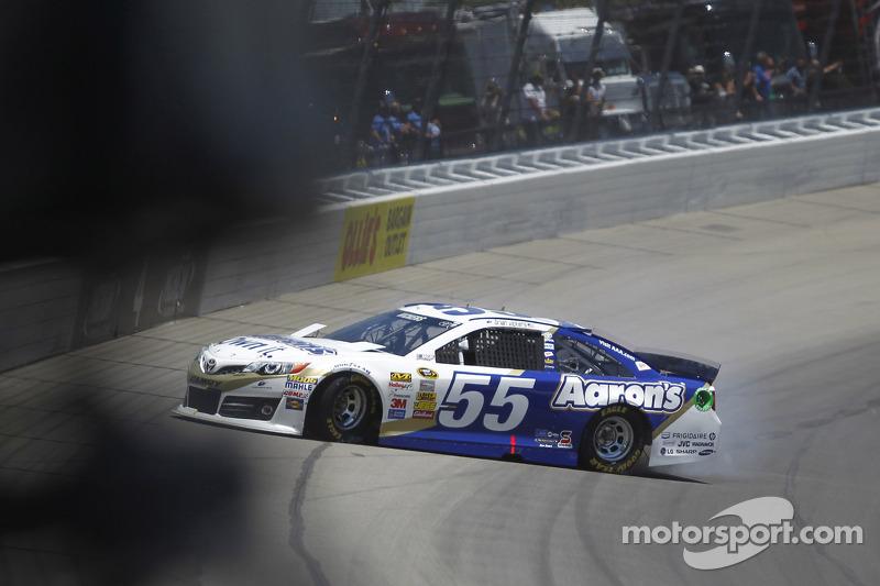 Sorun yaşayan; Brian Vickers, Michael Waltrip Racing Toyota