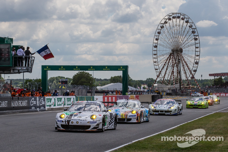 费尔南多·阿隆索发车:由库珀·麦克尼尔,雅安·布里克莫伦驾驶的Prospeed车队79号保时捷911 GT3 RSR (997)赛车